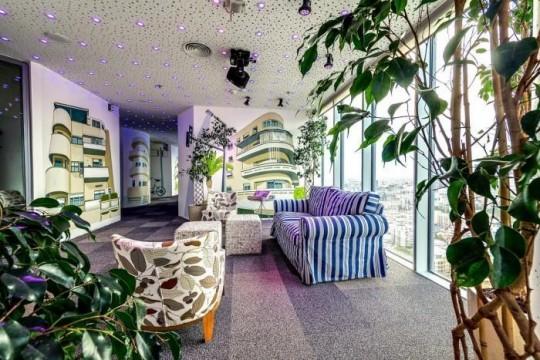 Les bureaux de Google à Tel Aviv : Déco décalée avec des rayures