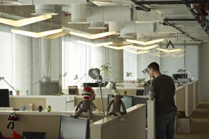 Les bureaux de google à tel aviv open space