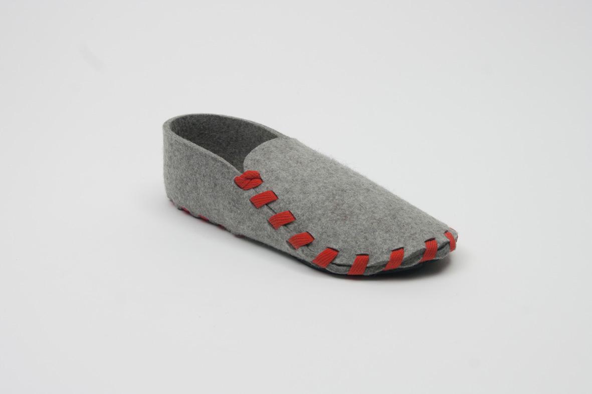 Lasso, les pantoufles en kit avec des jolis lacets de couleur
