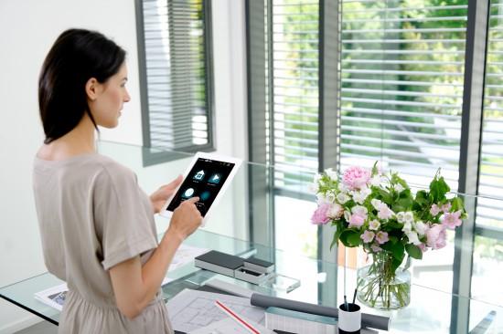 Pilotez votre maison sur iPad avec Somfy Box