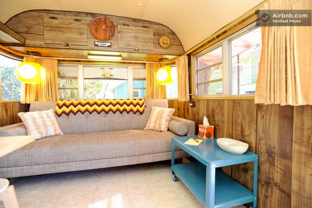 Int rieur d 39 une caravane des ann es 70 aux usa - Deco caravane interieur ...