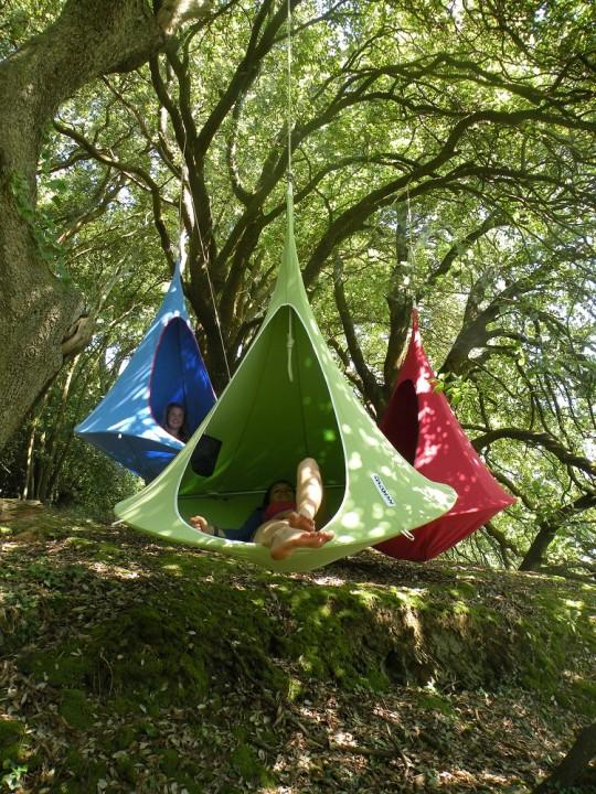 Tente suspendue Cacoon, un vrai cocon pour le jardin