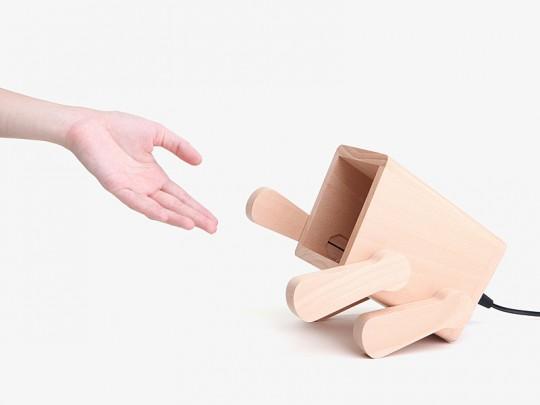 Franck, la lampe de bureau en forme de chiot en bois