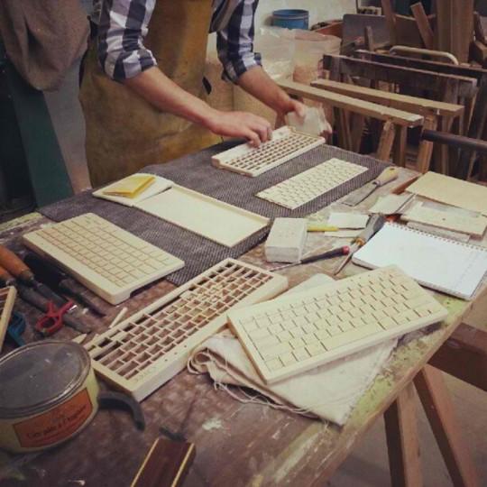 Atelier de fabrication des claviers en bois Orée