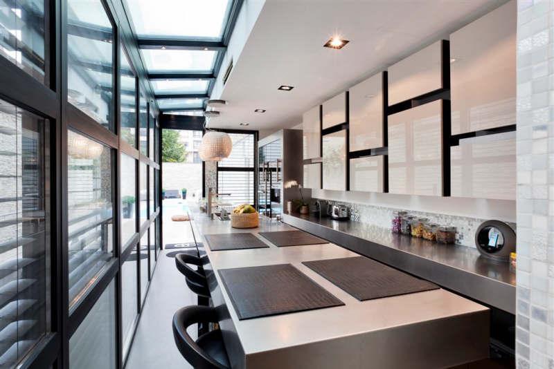 Cuisine am ricaine contemporaine dans une villa courbevoie for Cuisine ouverte villa