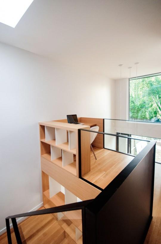 Chambord Residence by naturehumaine - coin bureau en mezzanine