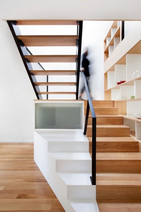 Chambord Residence by naturehumaine - escalier contemporain bois et métal