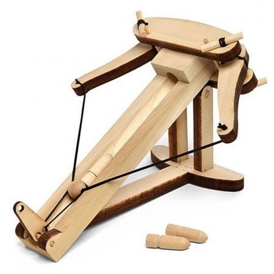 Mini balliste en bois pour le bureau