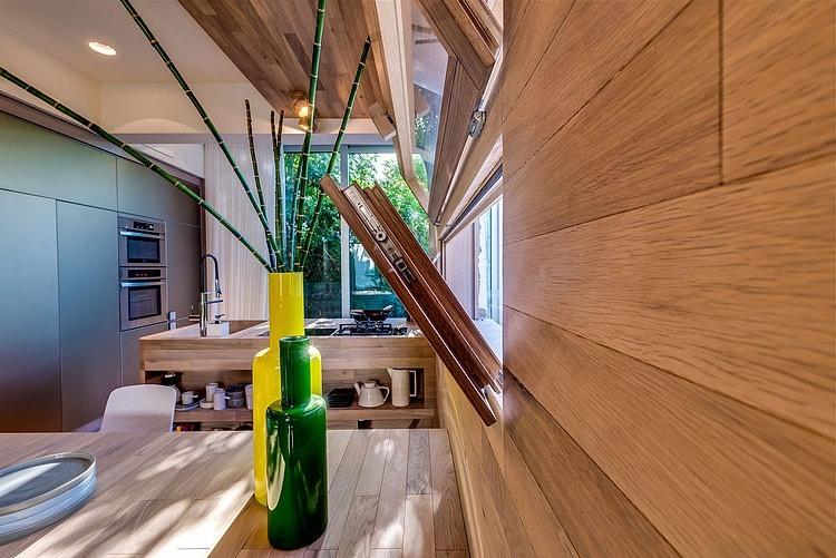 Appartement cosy tel aviv fen tre int gr e au mur for Appartement design tel aviv
