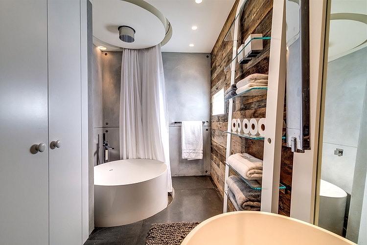 appartement cosy tel aviv baignoire ilot ronde. Black Bedroom Furniture Sets. Home Design Ideas