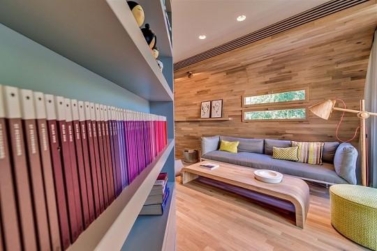 Appartement cosy Tel Aviv - bibliothèque design