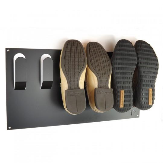 accroche chaussures mural une solution gain de place. Black Bedroom Furniture Sets. Home Design Ideas