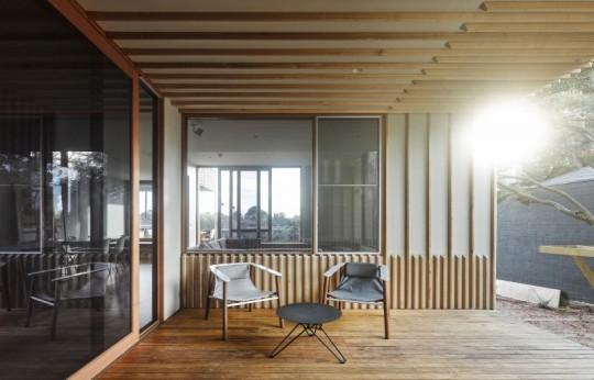 Maison contemporaine à Brighton en Australie - terrasse couverte