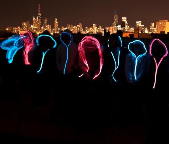 Sweashirts avec un néon