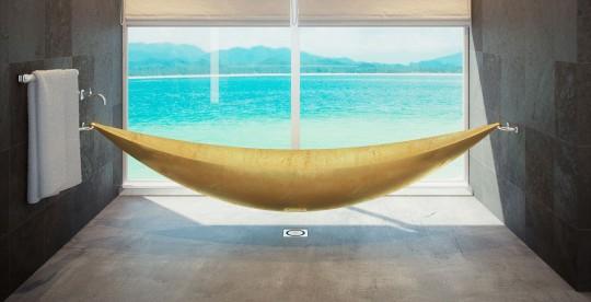Baignoire hamac dorée