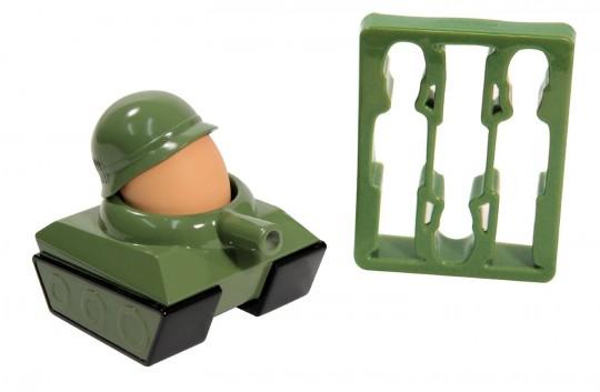 Coquetier tank et emporte-pièces soldats