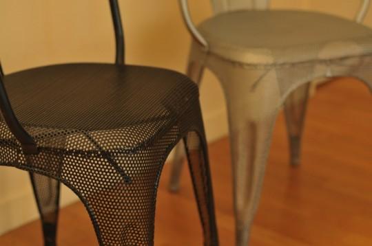 Detail des chaises en metal industriel Barak7