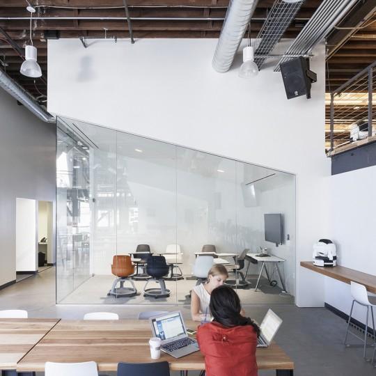 Pinterest office - bureau