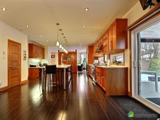 Maison a vendre interieur cuisine for Temperature interieur maison quebec