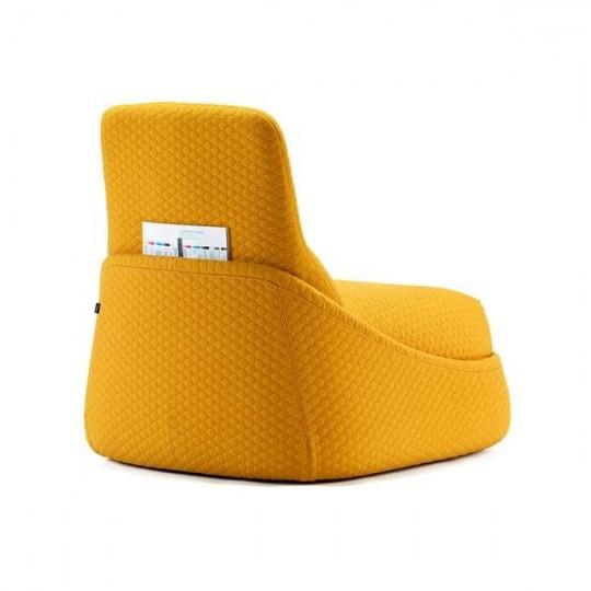 Fauteuil Convertible en tissu jaune Hosu by Patricia Urquiola