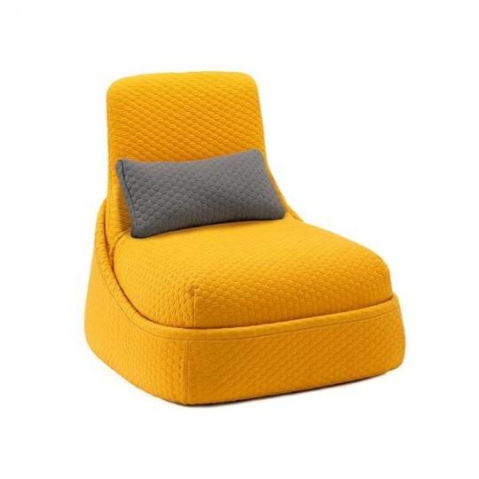 Fauteuil Convertible jaune Hosu by Patricia Urquiola
