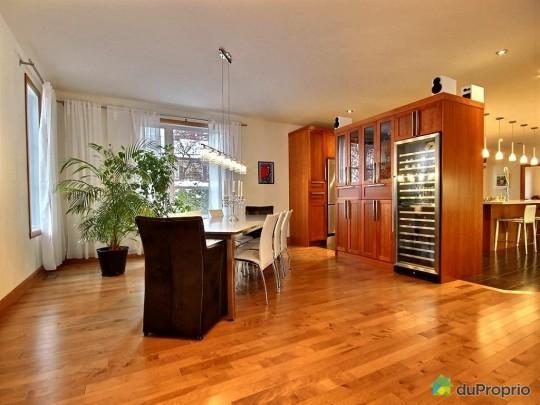 Salle à manger d'une maison à vendre à Sillery au Québec