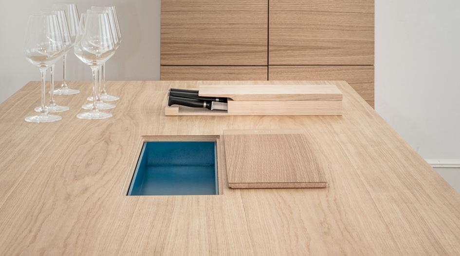 Table de repas confidens avec rangement int gr for Table cuisine avec rangement integre