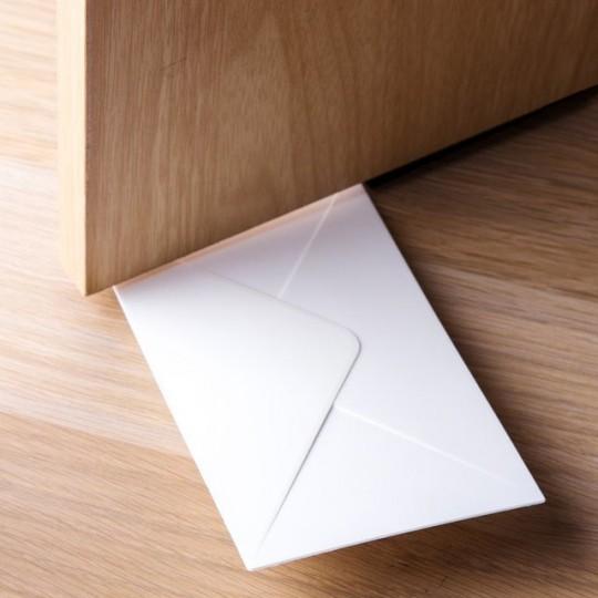 Enveloppe bloque-porte