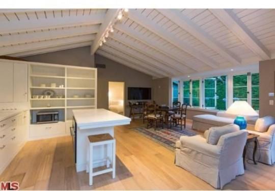 Propriété de Leonardo DiCaprio à Malibu - salle à manger sous les toits