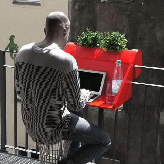 Bureau à accrocher sur le balcon Balkonzept