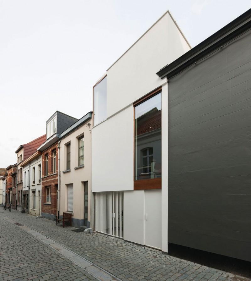 Belgique : Maison de ville contemporaine LKS par P8 architectes