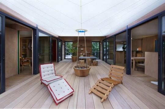 La Maison au bord de l'eau by Charlotte Perriand & Louis Vuitton Chaises longues