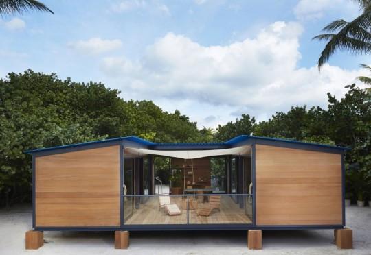 La Maison au bord de l'eau by Charlotte Perriand & Louis Vuitton Terrasse