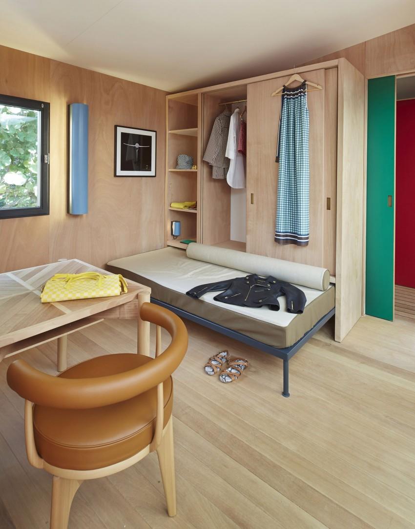 la maison au bord de l eau by charlotte perriand louis vuitton dressing. Black Bedroom Furniture Sets. Home Design Ideas