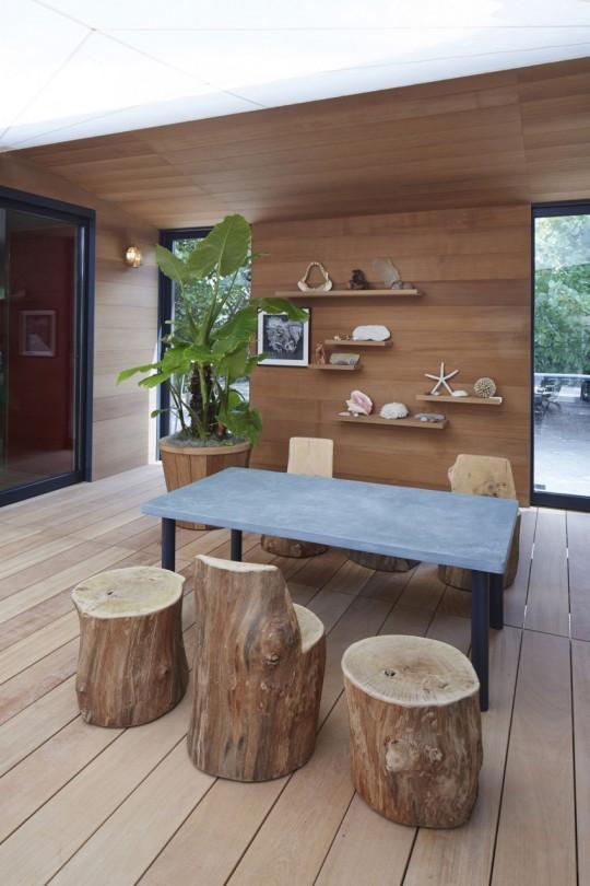 La Maison au bord de l'eau by Charlotte Perriand & Louis Vuitton salon