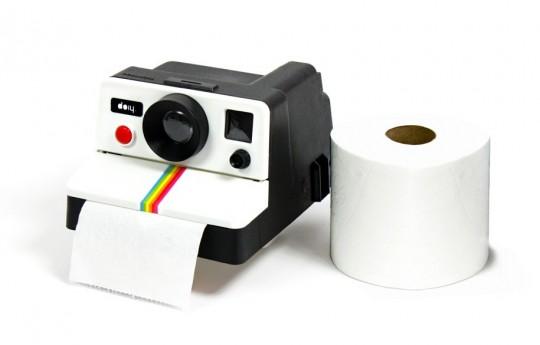Polaroid transformé en dévidoir à PQ