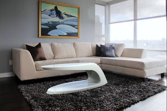 Meridian table - Table basse blanche en fibre de verre