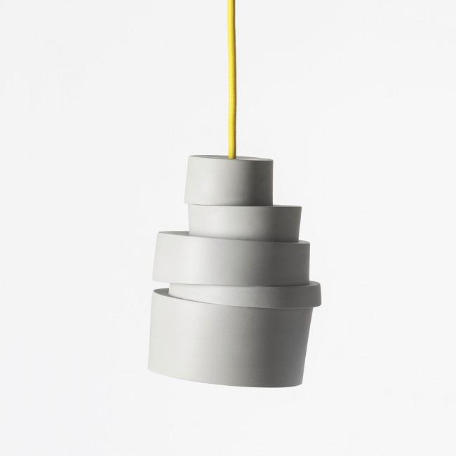 Suspension en porcelaine design : Stacked Lamp by Lars