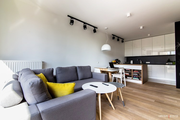 Inspiration déco : Un petit appartement avec une décoration scandinave