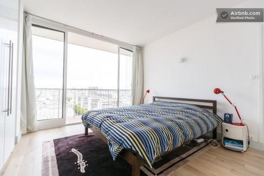 Chambre d'un appartement vintage à louer