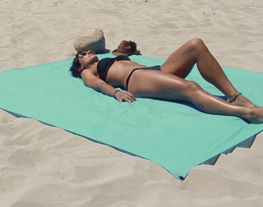 Serviette de plage qui ne s'envole pas Windbreak Towel Obaba