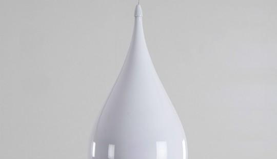 Suspension goutellet en métal blanc laqué
