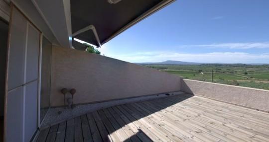 Maison comtemporaine à Azille - terrasse avec vues