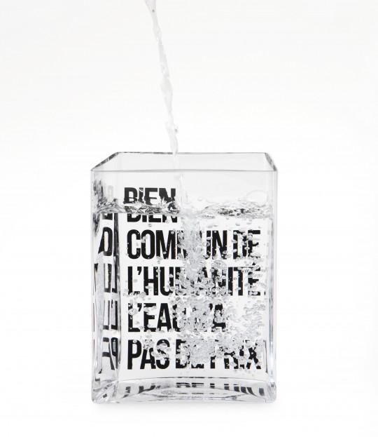 Carafe La lame d'eau -Bien commun pour l'humanité l'eau n'a pas de prix