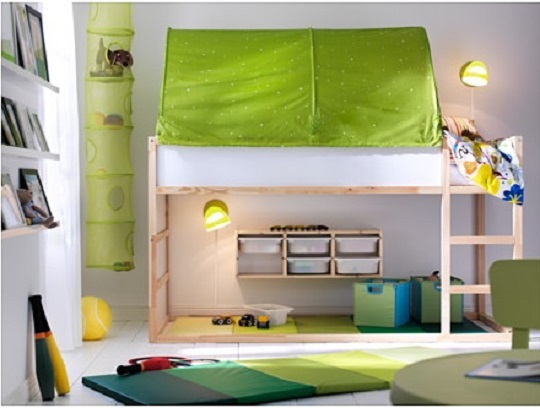 Chambre d'enfant : lit réversible Kura par Ikea