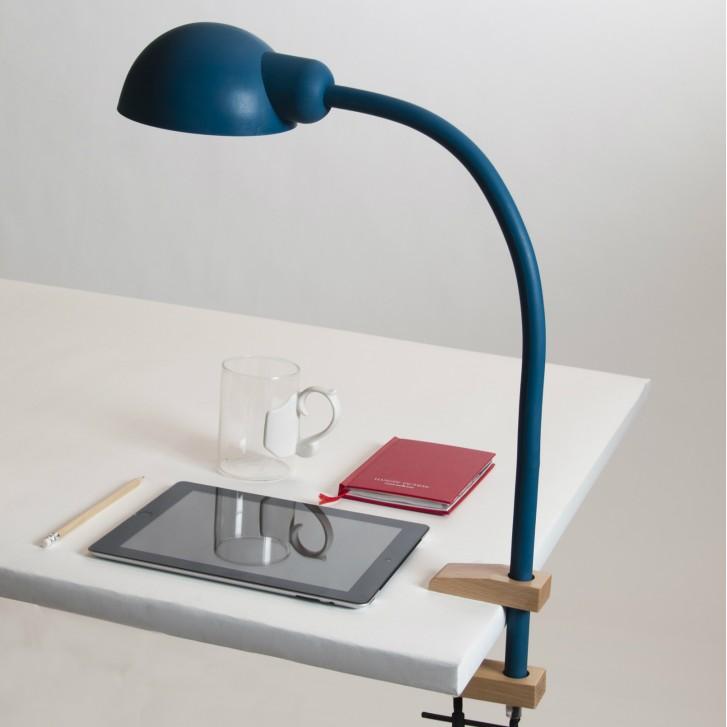 Lampe d'architecte avec pied flexible bleue Seletti Softclamp