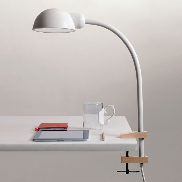 softclamp la lampe de bureau architecte en silicone souple. Black Bedroom Furniture Sets. Home Design Ideas