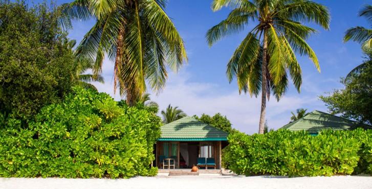Maldives : Meedhoo Canareef Resort Maldives 4* villas en bord de plage