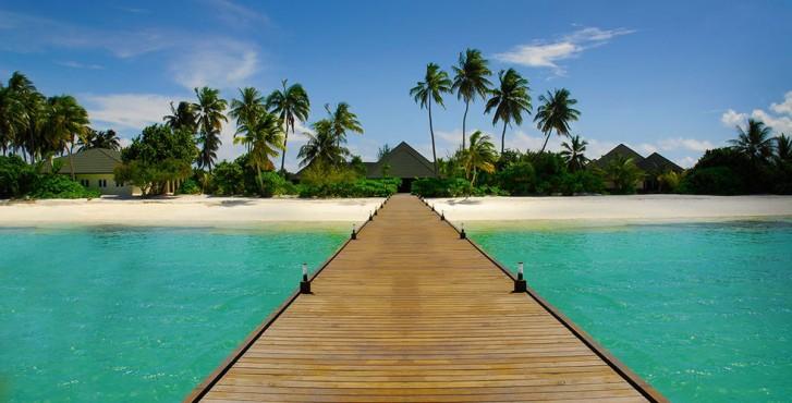 Maldives : Meedhoo Canareef Resort Maldives Ponton sur l'eau