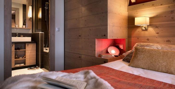 Résidence les terrasses d'Helios à Flaine - chambre avec salle de bain design